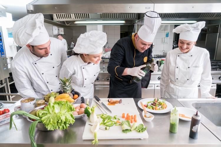 etudiants-cuisine